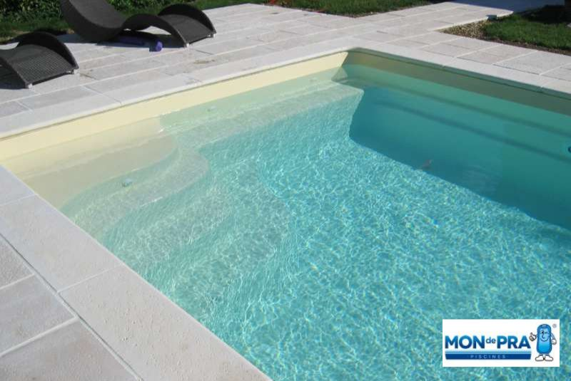 piscine-coque-modele-unique-mondepra